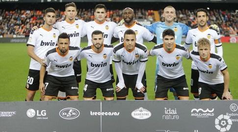שחקני ולנסיה לפני המשחק (La Liga)
