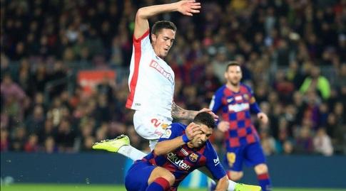 לואיס סוארס נופל ברחבה (La Liga)