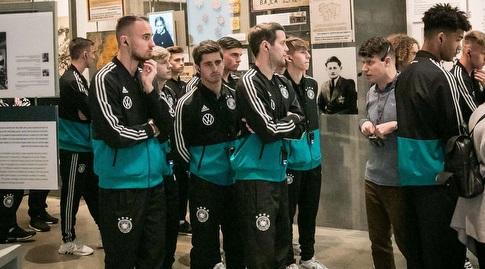 שחקני נבחרת גרמניה ביד ושם (ההתאחדות לכדורגל)