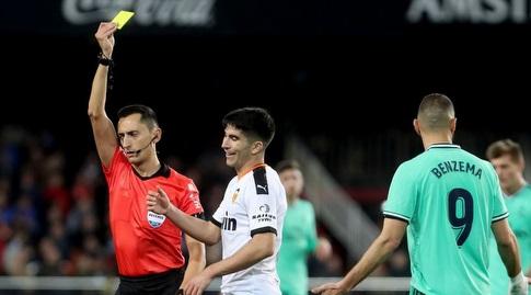 קרלוס סולר מקבל צהוב (La Liga)
