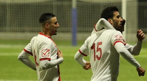 שחקני אדומים אשדוד חוגגים (שחר גרוס)