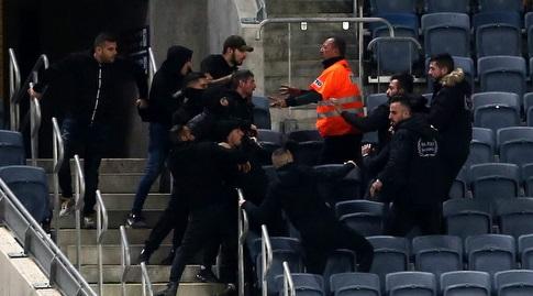 המשטרה וכוחות האבטחה בטדי (אורן בן חקון)