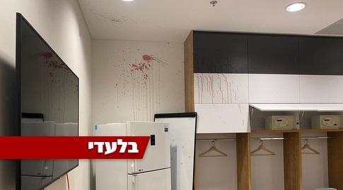 חדר ההלבשה של מכבי חיפה בסיום המשחק (רדאד ג'בארה)