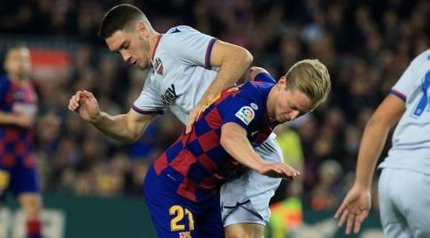 פרנקי דה יונג במאבק (La Liga)