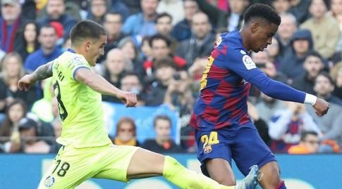 ג'וניור פירפו מעביר מסירה (La Liga)