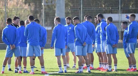 שחקני נבחרת ישראל באימון (נעם מורנו)