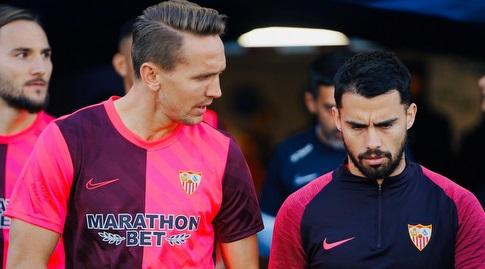 סוסו ולוק דה יונג עולים למגרש (La Liga)