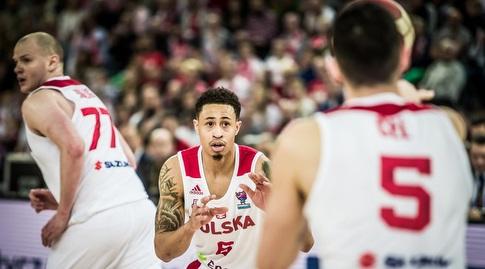 איי ג'יי סלוטר חוגג (FIBA)