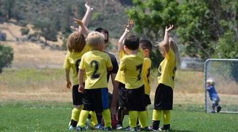 הספורטאים הצעירים. צריך שמור עליהם היטב (luvmybry)