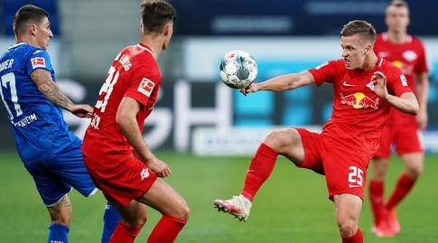 דני אולמו מנסה להשתלט על הכדור (רויטרס)