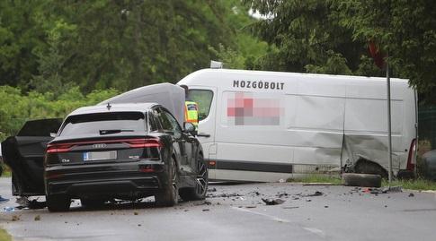 הרכב של מיטרוביץ' (צילום מתוך www.vaol.hu)