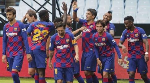 שחקני ברצלונה. אמנם אחרי ריאל, אבל עם עלייה למקום השני (La Liga)