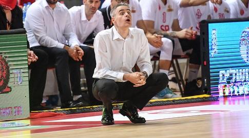 יאניס קסטריאטיס מודאג (חגי מיכאלי)