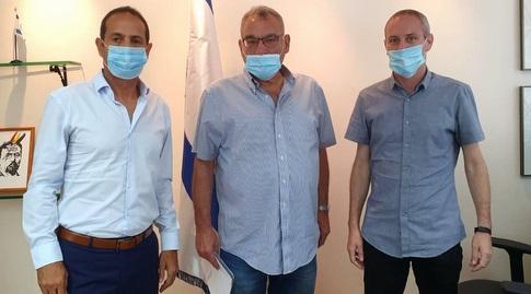 חילי טרופר, יורם אייל ונאור גלילי (באדיבות מכבי ישראל)