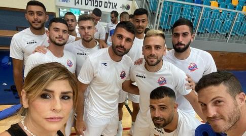 שחקני הפועל חיפה בשיעור הפילאטיס (מערכת ONE)