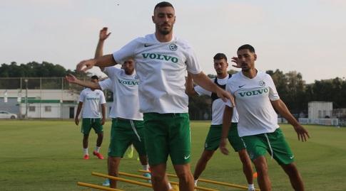 נטע לביא ושחקני מכבי חיפה במחנה האימונים (מכבי חיפה)