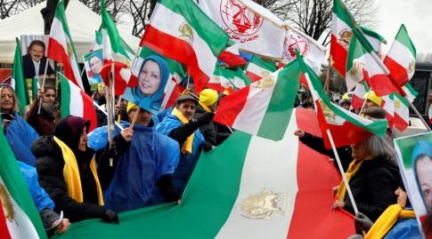 הפגנות באיראן (רויטרס)