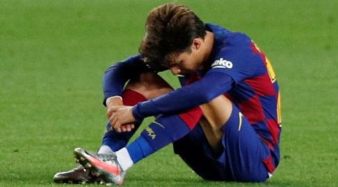 ריקי פוץ' על הדשא. יישאר בברצלונה? (רויטרס)