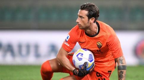 אנטוניו מיראנטה עם הכדור בידיו (רויטרס)