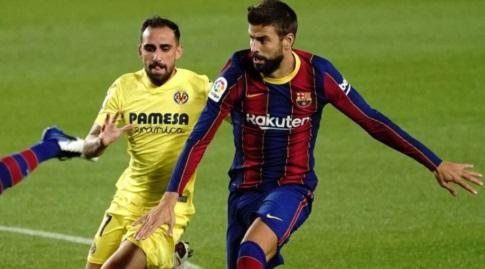ג'רארד פיקה במאבק עם פאקו אלקאסר (La Liga)