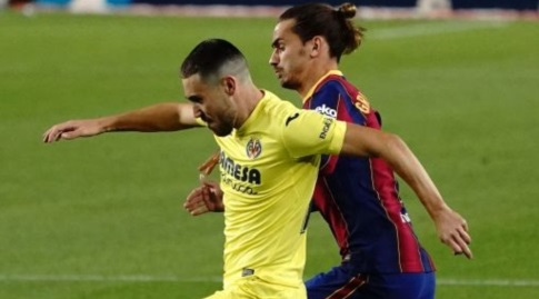 אנטואן גריזמן במאבק עם פאקו אלקאסר (La Liga)