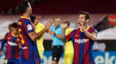 ליאו מסי חוגג עם סרחיו בוסקטס (La Liga)