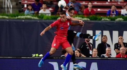 סרג'יניו דסט בנבחרת ארצות הברית מול מרטין קאסרס (רויטרס)