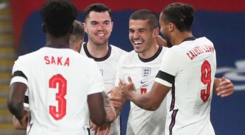 שחקני אנגליה חוגגים (רויטרס)