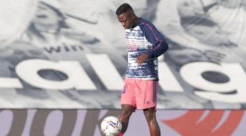 ויניסיוס ג'וניור בחימום (La Liga)