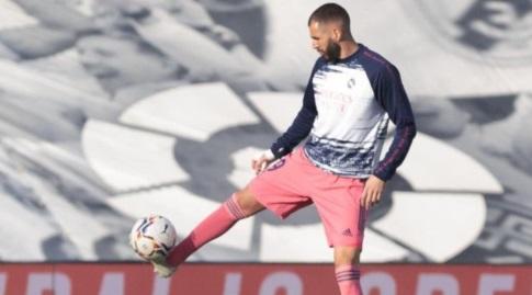 קארים בנזמה בחימום (La Liga)