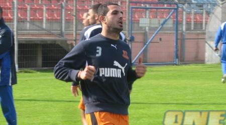 אבו-סיאם. אחרי הופעות בליגת האלופות, ירד לליגה הלאומית