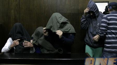 החשודים בבית המשפט (מתן להב)