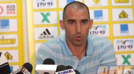 """קורנפיין במסיבת העיתונאים. את מי הוא ימנה למאמן בית""""ר ירושלים? (גיא בן זיו)"""