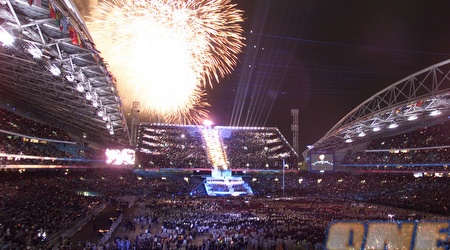 טקס הפתיחה של אולימפיאדת סידני. האוסטרלים רוצים לארח גם מונדיאל (רויטרס)