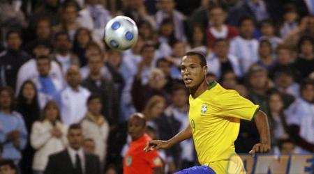 פביאנו כובש את השלישי של ברזיל (רויטרס)