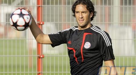 לוקה טוני. החלוץ האיטלקי הענק משחק העונה בגנואה המדוברת (רויטרס)