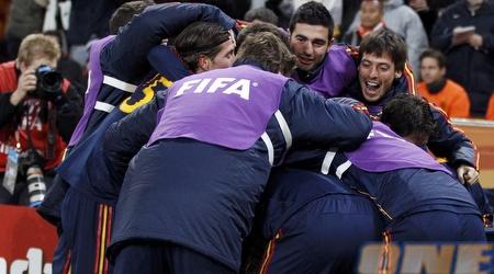 ספרד חוגגת את הזכיה בגביע העולמי (רויטרס)