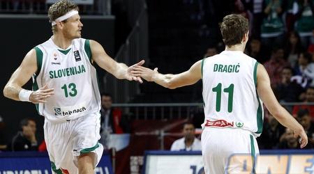 זופאן במדי סלובניה. טורקיה מחכה ברבע הגמר (רויטרס)