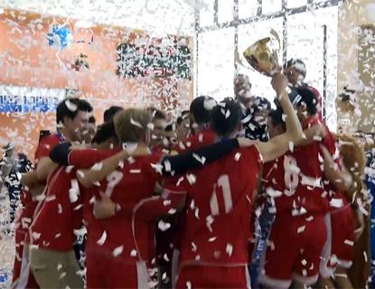 מטה אשר זוכה באליפות התיכונים בכדורעף