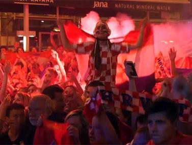 בטירוף שלהם: אוהדי קרואטיה חוגגים עליה