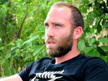 ראיון מיוחד עם דני עמוס