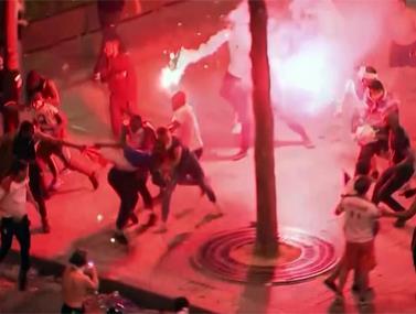 הפריעו לחגיגה: אלימות קשה ברחובות פריז
