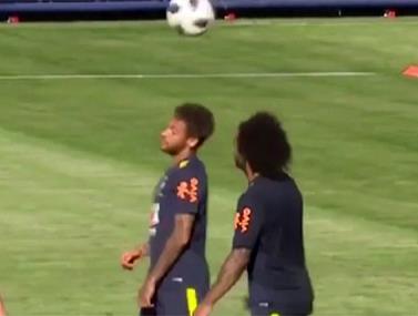 אימון נבחרת ברזיל באווירה טובה