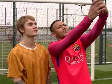 זוכרים? כשניימאר וביבר שיחקו יחד כדורגל
