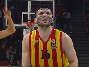 ברצלונה מנצחת את אנאדולו אפס