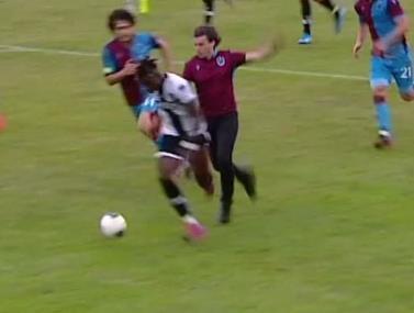אוהד של טרבזונספור פורץ למשחק הידידות מול פארמה